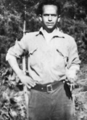 Manuel GranadosDomínguez, en la sierra deIstán.