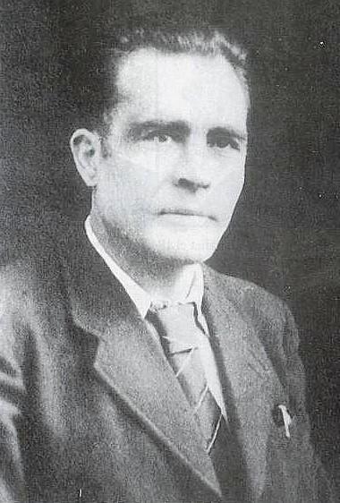 """Jesús Martínez """"el Maño"""" y Ramón Vila, en sus mochilas recorrían los libros caminadores la primera parte del camino."""