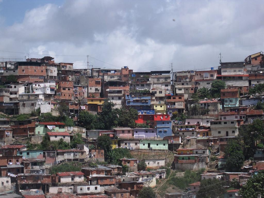 Ciudad abierta frente a la 'smart city' capitalista