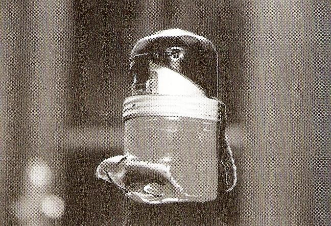 La granada que salvó la vida del somatén Abel Rocha.