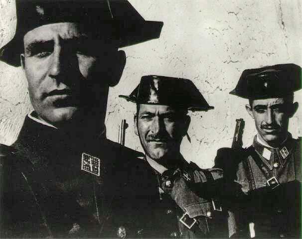 Los rostros de los torturadores, pudieron ser estos, quizás otros similares.
