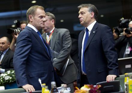 ORBÁN. A la derecha, el primer ministro de Hungría, Viktor Orbán junto a su homólogo polaco. EUROPEAN COUNCIL