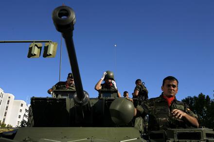 GASTO MILITAR. El año pasado se desplegaron 9.557 militares en el exterior. Olmo Calvo