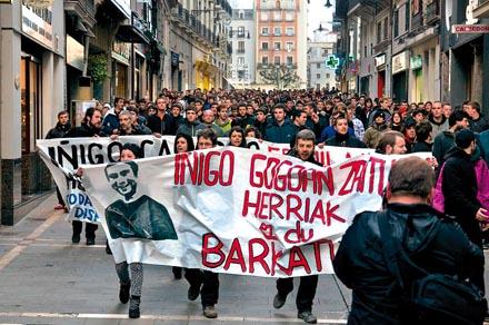 BILBAO. Marcha de recuerdo a Iñigo Cabacas. / Foto: Ekinklik.