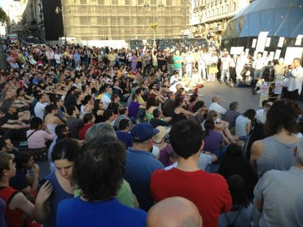 Presentación del Tribunal Ciudadano de justicia en la Puerta del Sol de Madrid. Foto: @cebotwit
