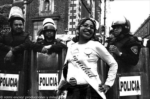 LEGAL, SEGURO Y GRATUITO. Acción en México para reivindicar el derecho a decidir.