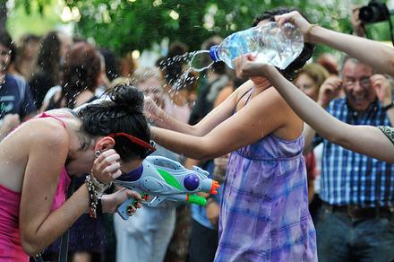 Batalla de agua contra la privatización del Canal. Verano de 2011. Foto: Diego González