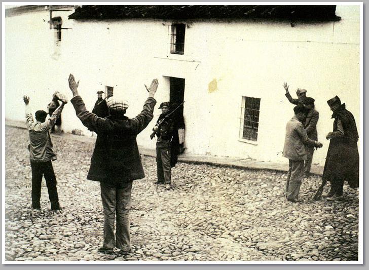 El hostigamiento a los campesinos mandó a muchos de ellos a la sierra.