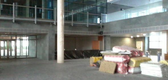 Vestíbulo del edificio de la AEAT. CGT