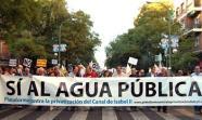 Manifestación contra la privatización del Canal de Isabel II