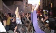 Concentración de los indignados ante la sede del PP en Cuenca. Foto: Fernando Romero.